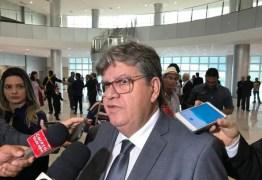 João Azevêdo participa de solenidade do Prêmio Melhores do Esporte Paraibano