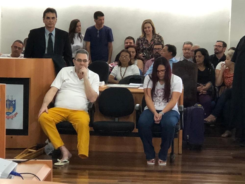juricasamento2 - Mesmo condenado, acusado de mandar matar casal nega participação no crime