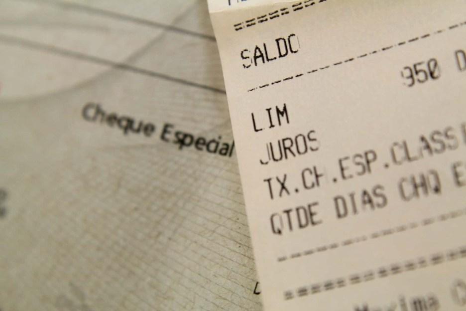 juros cheque taxas contas - MUDANÇA NAS REGRAS: População poderá pagar taxa extra ao banco usando ou não cheque especial