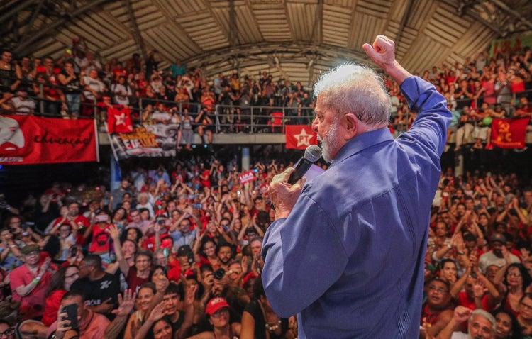 lula circo voador - Lula diz que, 'como na Alemanha nazista', Bolsonaro quer destruir o Brasil começando pela cultura - VEJA VÍDEO