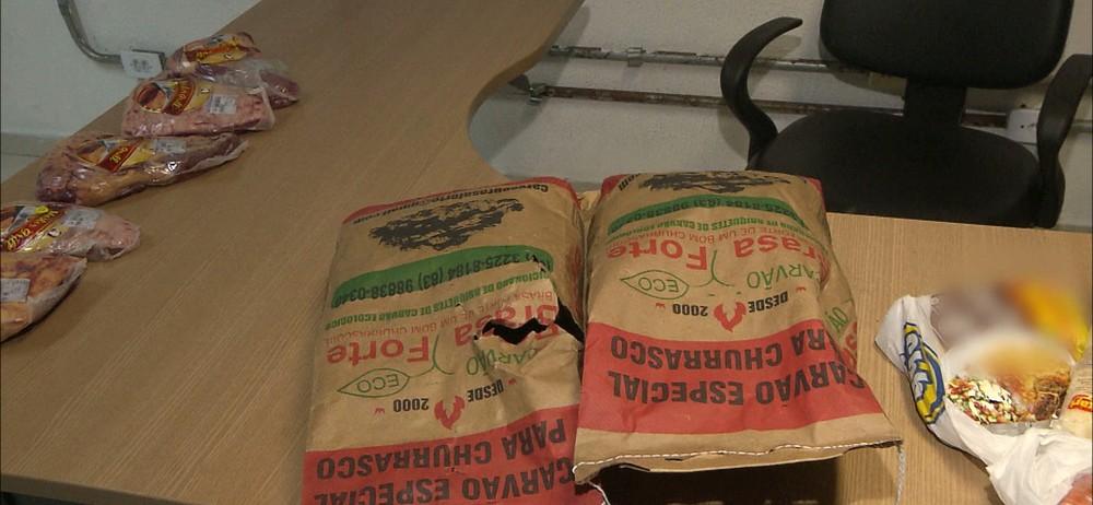 roubo supermercado - Homens são presos suspeito de furtar 'kit churrasco' em supermercado de JP