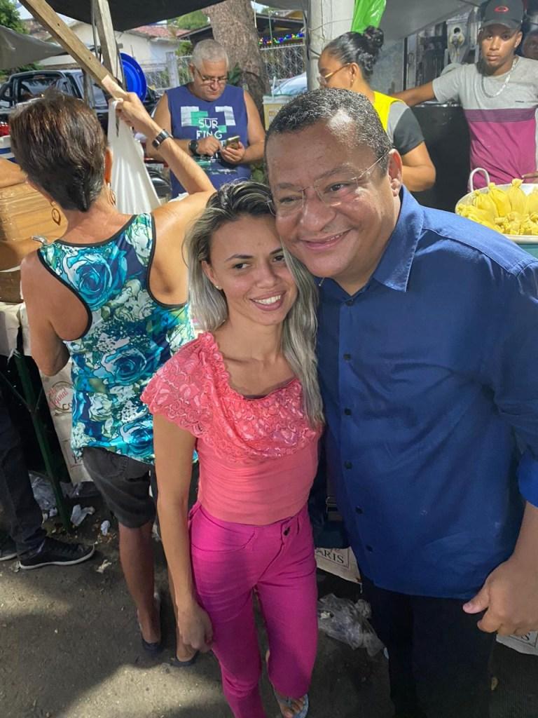 3c30376f cd98 411f b187 7428826a1f14 768x1024 - ESTREITANDO LAÇOS DE AMIZADE: Nilvan Ferreira visita a Feira de Jaguaribe e recebe carinho do povo pessoense - VEJA VÍDEO