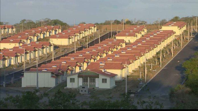 6896402 x720 - Beneficiados do Aluízio Campos têm até esta quarta-feira para justificar não ocupação de casas, em Campina Grande