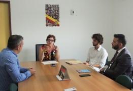 Prefeita Márcia Lucena assina termo de Compromisso com a CINEP para a regularização da área industrial do município