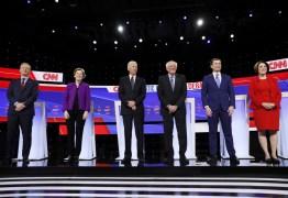 Democratas fazem debate tenso antes das primárias nos EUA