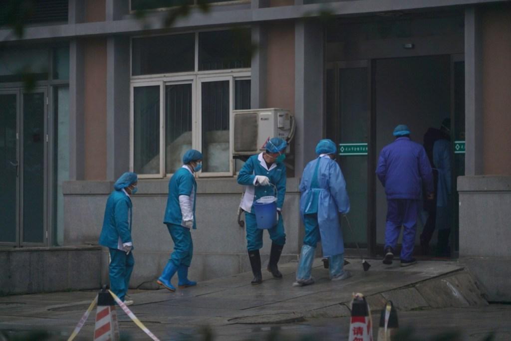ap20022239516558 1024x684 - China confirma 9ª morte pelo coronavírus e mais de 400 casos registrados
