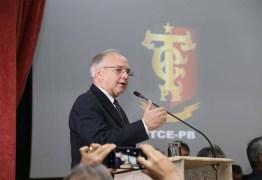Presidente do TCE propõe a reprovação das contas de prefeitos que gastarem dinheiro público em 'golpe do Whatsapp'; OUÇA