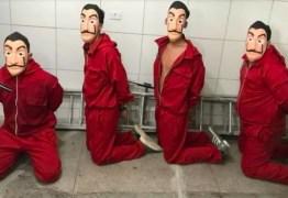 PEGADINHA ACABOU MAL: Youtubers tentam entrar em centro de triagem de detentos vestidos de 'La Casa de Papel' e são presos