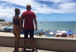 'Ela assumiu o risco, não podemos nos responsabilizar': diz coronel da PM sobre turista estuprada após passeio na praia