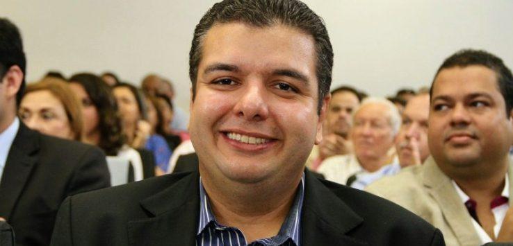 diego tavares - PRÉ-CANDIDATO? Diego Tavares comemora aniversário com almoço em restaurante popular no Parque da Lagoa