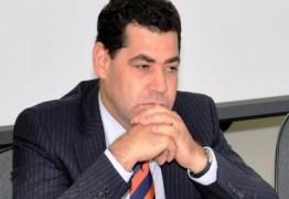 OAB cassa registro do ex-procurador-geral da Paraíba Gilberto Carneiro