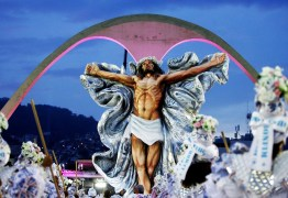 POLÊMICA DIVINA: 'Jesus Cristo da Mangueira' agita Carnaval antes da folia começar
