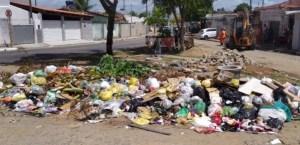 lixo rangel 300x145 - LIXO NA CAPITAL: Emlur regulariza serviços de coleta domiciliar nos próximos dias