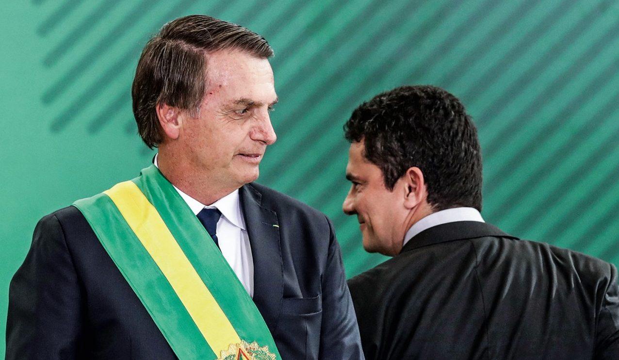 moro e bolsonaro e1579446009122 - 'MERDOCRACIA LIBERAL NEOFASCISTA': magistrado define situação do Brasil em decisão de processo trabalhista