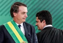 Bolsonaro anuncia coletiva para falar sobre demissões de Moro e Valeixo