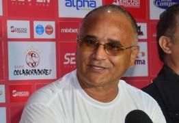 Resultados negativos na pré-temporada não desanimam Oliveira Canindé acerca do futuro do Campinense em 2020