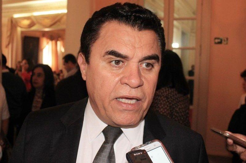 "wilson santiago - Durante entrevista, Wilson Santiago oferece apoio a prefeitos paraibanos ""As portas do meu gabinete estão abertas"""