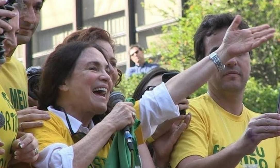 xregina duarte jpg.jpg.pagespeed.ic .fQCCq4M69e - Cultura deverá voltar a ter status de ministério para receber Regina Duarte