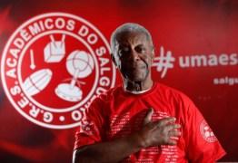 MELHORA: respirando por aparelhos, Milton Gonçalves já começa a interagir