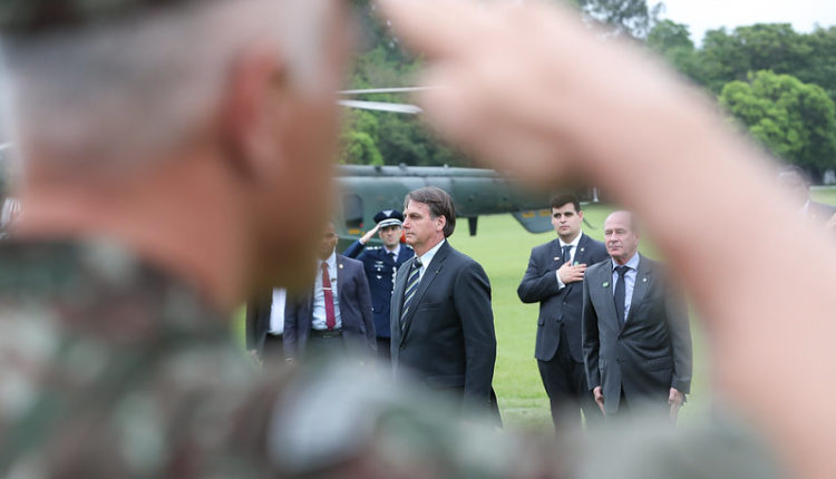 49143779877 cb9016c497 c 750x430 1 - AS CINZAS DA DEMOCRACIA: O que move Bolsonaro? - Por Ricardo Cappelli