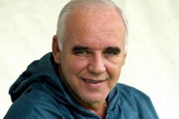 Campeão mundial pelo Grêmio, Valdir Espinosa morre aos 72 anos