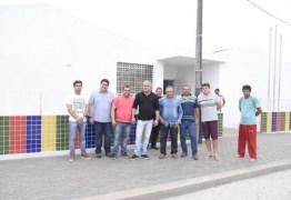 Prefeito de Alhandra vistoria escola de ensino fundamental construída em tempo recorde em Mata Redonda
