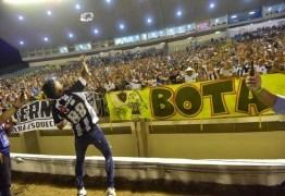 Botafogo-PB empata com o Confiança após apresentação de Léo Moura no Almeidão