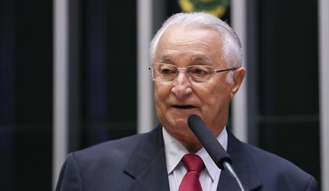 """Frei Anastácio 5 - Frei Anastácio diz que PT na Paraíba """"não está morto"""" e afirma que será candidato à reeleição: """"Só não serei se morrer"""""""