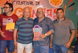 """EM CAJAZEIRAS: """"Bar do Tetéu"""" é a grande vencedora do II Festival de Marchinhas Carnavalescas"""