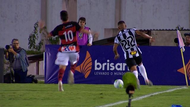 frame - Campinense cai na primeira fase da Copa do Brasil em bom jogo contra Atlético-MG