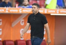 Jornal colombiano destaca Guerrero e D'Alessandro, mas aponta Inter 'golpeado' por perder Gre-Nal