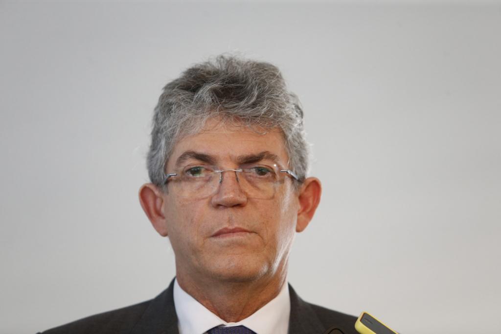 10982638.175301 1024x682 1 - Ricardo Coutinho sobre Bolsonaro: incompatível com a democracia, ele flerta com estado de sítio