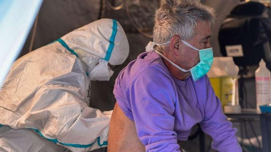 111371491whatsubject - 5,5 MORTES REGISTRADAS: A campanha na Itália para que pacientes terminais com coronavírus possam dizer adeus a familiares