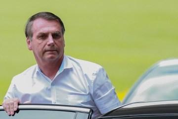 Bolsonaro 2 4 - Bolsonaro atiça governadores com decreto para reabrir o comércio