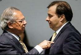Maia rebate Guedes sobre auxílio de R$ 600 e acusa governo de mentir em ação ao STF