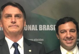 Deputado catarinense é o 13º diagnosticado com Covid-19 a ter viajado com Bolsonaro