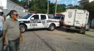 FEIRA DE JAGUARIBE 300x165 - Homem é morto e outro ferido a tiros na feira de Jaguaribe