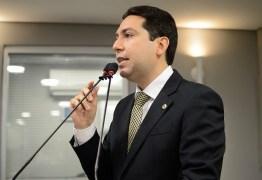Felipe Leitão deve mudar de domicílio eleitoral e de partido para disputar prefeitura