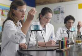 Coronavírus: pesquisadores devem seguir orientações da Capes sobre viagens ao exterior
