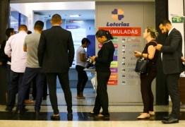 Governador João Azevêdo autoriza, com restrições, reabertura de bancos e lotéricas
