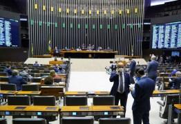 Câmara aprova texto-base da PEC do Orçamento da Guerra em 2º turno