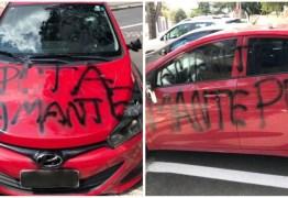 """""""PUTA AMANTE"""": após ter carro depredado e pichado, mulher registra caso na polícia"""