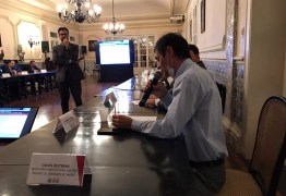 Romero participa de reunião com João Azevedo e fecha parceria para o enfrentamento do Covid-19 em Campina Grande