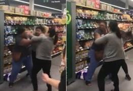 Pânico por coronavírus faz clientes trocarem socos em supermercado – VEJA VÍDEO