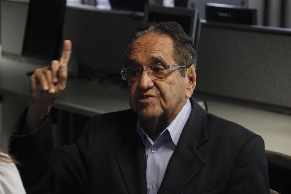 1383321588 - Ex-governador do Pará morre vítima de coronavírus