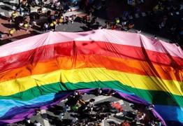 """Governo do Canadá quer tornar crime as terapias de """"cura gay"""""""