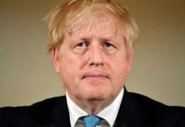 Primeiro-ministro Boris Johnson é internado com sintomas de coronavírus