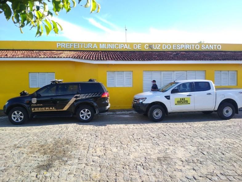 5ca4c400 fd9a 43b0 ae11 dc8794e65308 1 - OPERAÇÃO HOLERITE: PF cumpre mandados contra crimes de corrupção na prefeitura de Cruz do Espírito Santo, na PB
