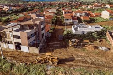 617341cb e1e5 48d1 8ffe 221e807ef4e8 - Prefeito de São José de Piranhas inicia mais um programa de calçamento no município