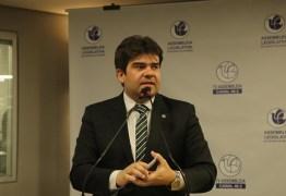 Eduardo pede que jornalistas que atuam na cobertura do coronavírus, estejam entre os grupos prioritários de vacinação para H1N1